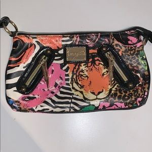 Betseyvill wristlet. Good condition.